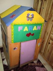 çocuklar_için_kartondan_ev_yapılıuşı