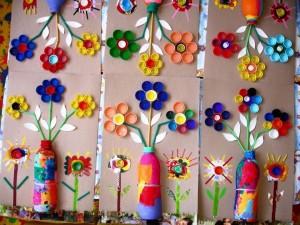 şişe_kapaklarından_çiçekler
