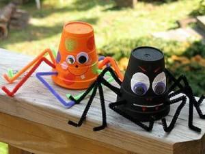 bardaktan_örümcek_yapımı