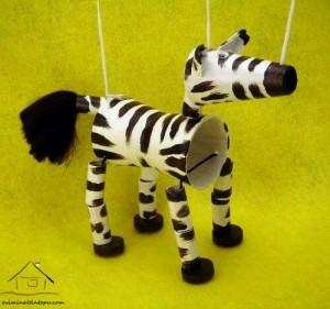zebra hareketli kuklalar