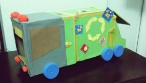 Karton kutulardan çöp kamyonu yapımı