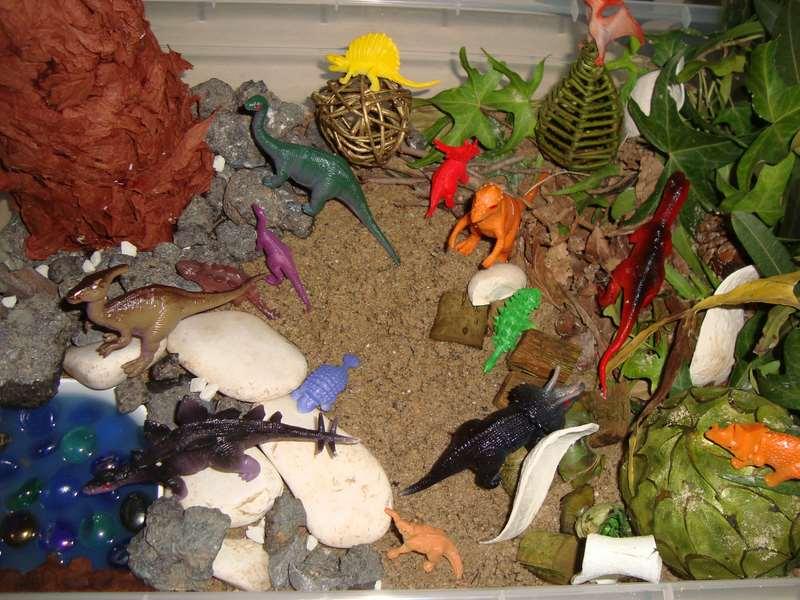 montessori dinozor duyusalı etkinliği