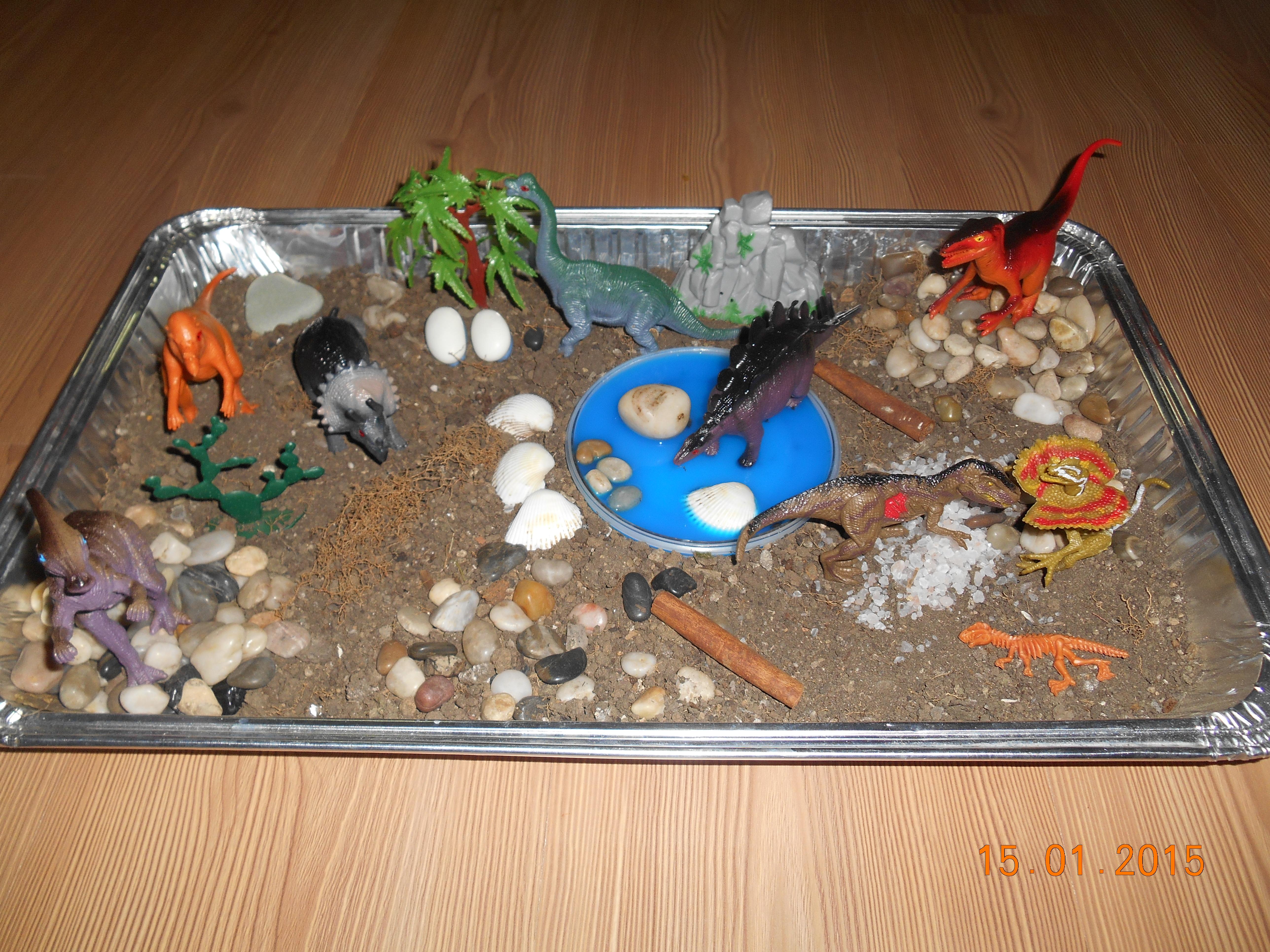 evde dinozor etkinlikleri