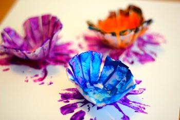 yumurta_kabından_çiçek_yapımı