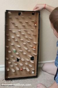 dil çubuklarından ev yapımı oyuncak