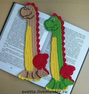 el örgüsü kitap ayraçları dinozor modeli