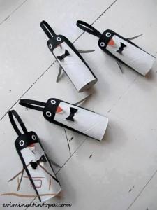 tuvalet rulosundan penguen yapımı