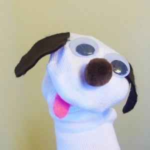 çorap ile köpek kuklası yapımı