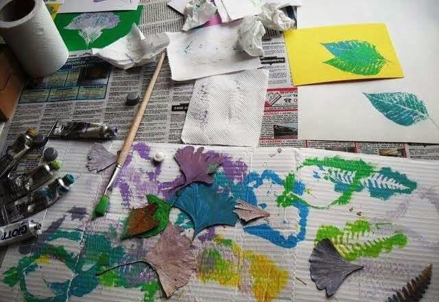 yapraklar ile ilgili sanat okul öncesi